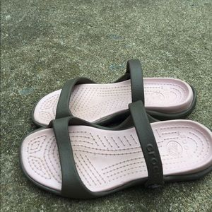 Women's Crocs Brown & Pink Slides Sandals Size 8